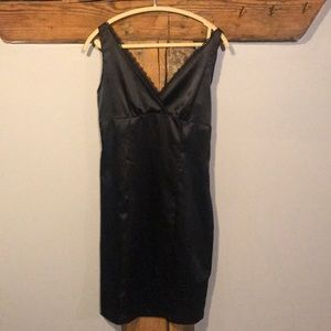 Dresses & Skirts - Black satin style dress